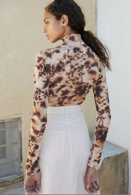 Nanushka Madi Raglan Top - Tie Dye Brown