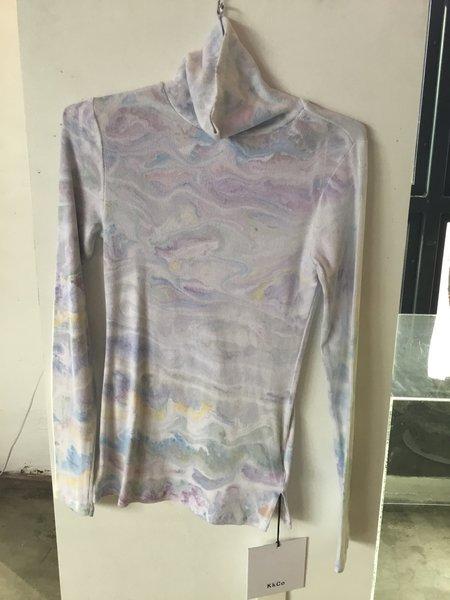 KkCo Marble Dye Turtleneck