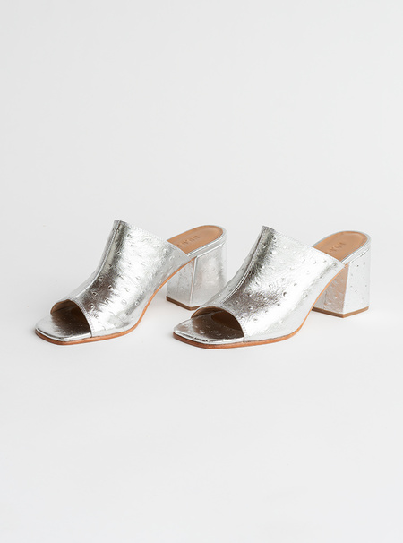 No.6 Embossed Leather Dora Mule - Silver Ostrich