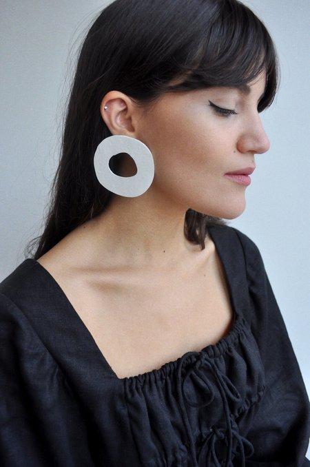 Eesome Co Meraki No.10 earrings - White