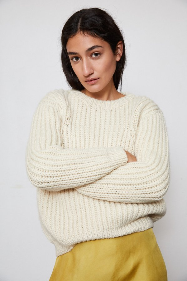 OUND HAND KNITTED WOOL JUMPER - IVORY
