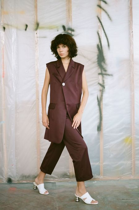 Nomia Cropped Trousers - Burgundy