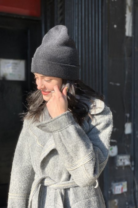 Unisex Amato Cashmere Chessy Hat - Cinder