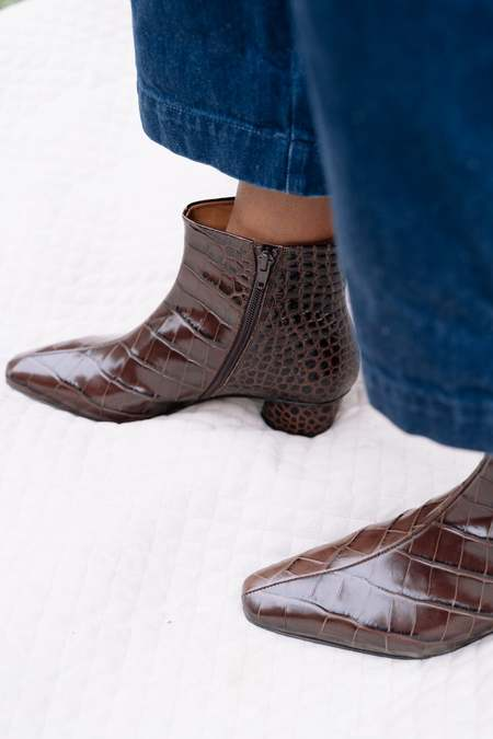 LOQ Matae Boots - BomBón Croc