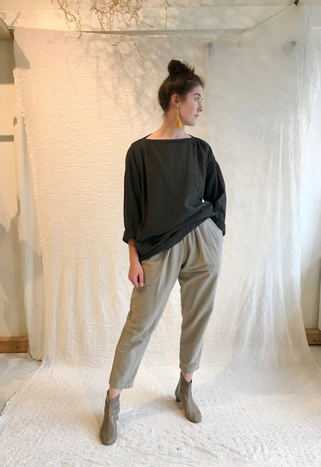 Black Crane Loose Pullover - Grey Green