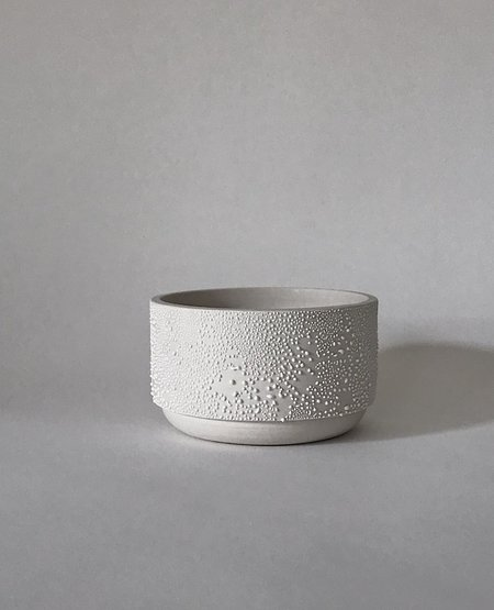 NANCY TANG CERAMICS Dew Drop Planter