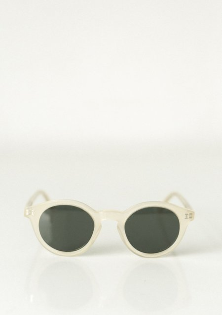 Illesteva Castello Sunglasses - Melon