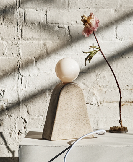Sin Kanamota Table Lamp - White Sand