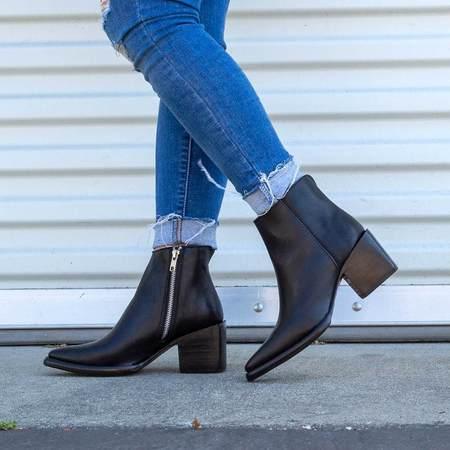Sutro Footwear Polk