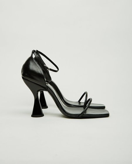 Dorateymur Stainless Ankle Strap Heel