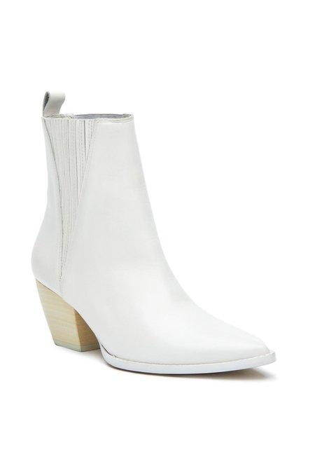 Matisse Elevation Boot - White