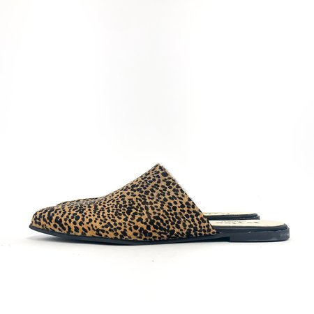 Ivy Lee Dea Pointy Slip - Leopard
