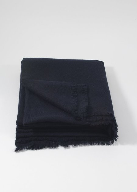 IRIS DELRUBY plain twill cashmere scarf - night blue