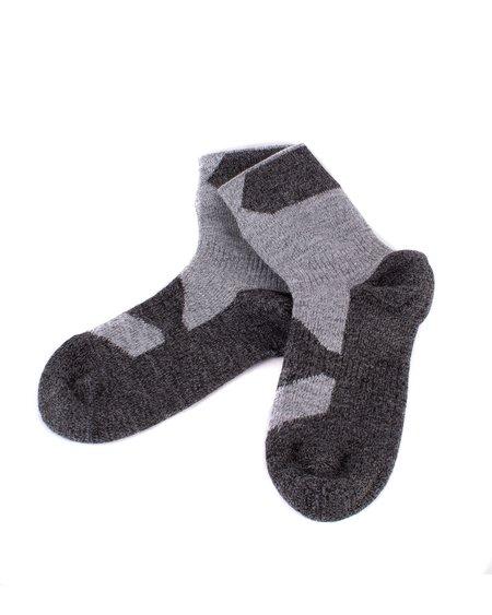Sealskinz Walking Ankle Socks - Dark Grey