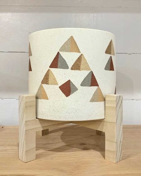 Heidi Anderson Ceramics Pot With Poplar Wood Stand - White Triangle