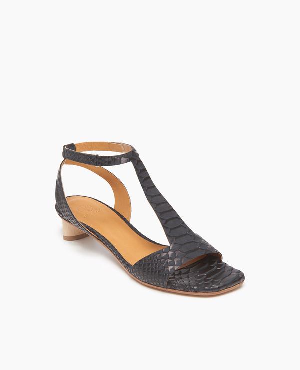 Coclico Shell Sandal