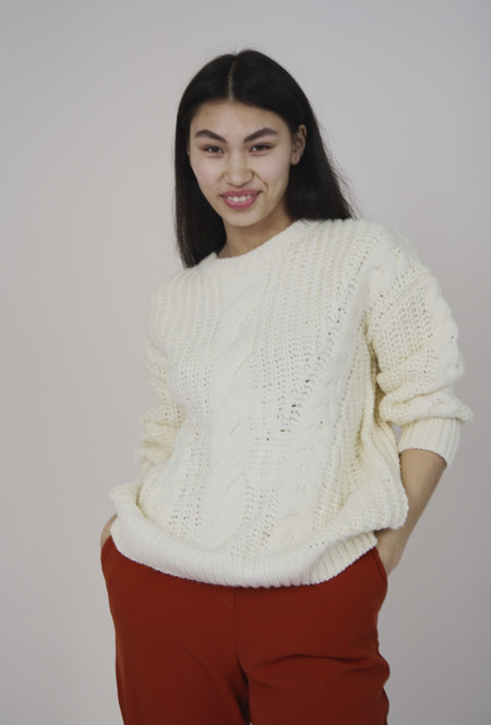 Yuka Paris Maud Chunky Cable Knit - Ivory