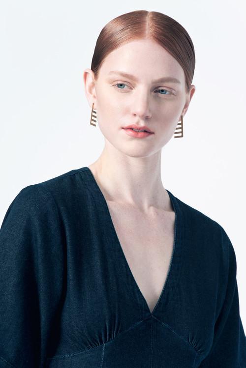 Natalie Joy Horizon Line Posts Earrings
