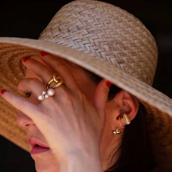 Gabriela Artigas Asymmetric Suspended Pearl Ring
