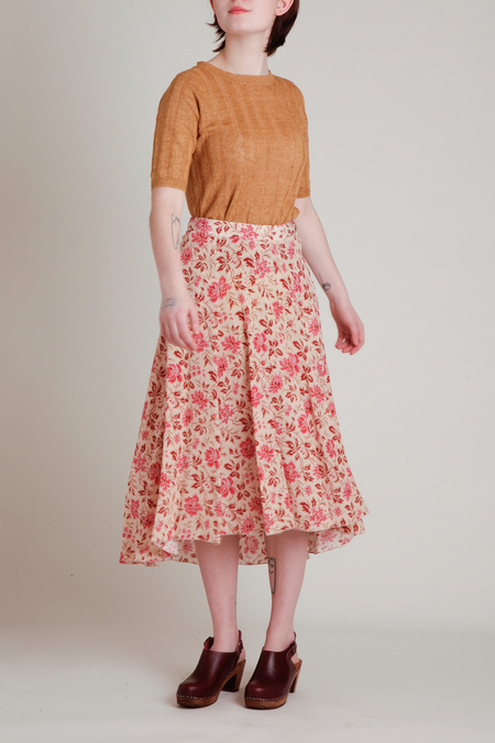Masscob Panel Seamed Flowy Floral Skirt - Raspberry