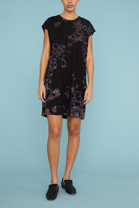 Raquel Allegra Cutoff T-Shirt Dress - Black Sky Andromeda