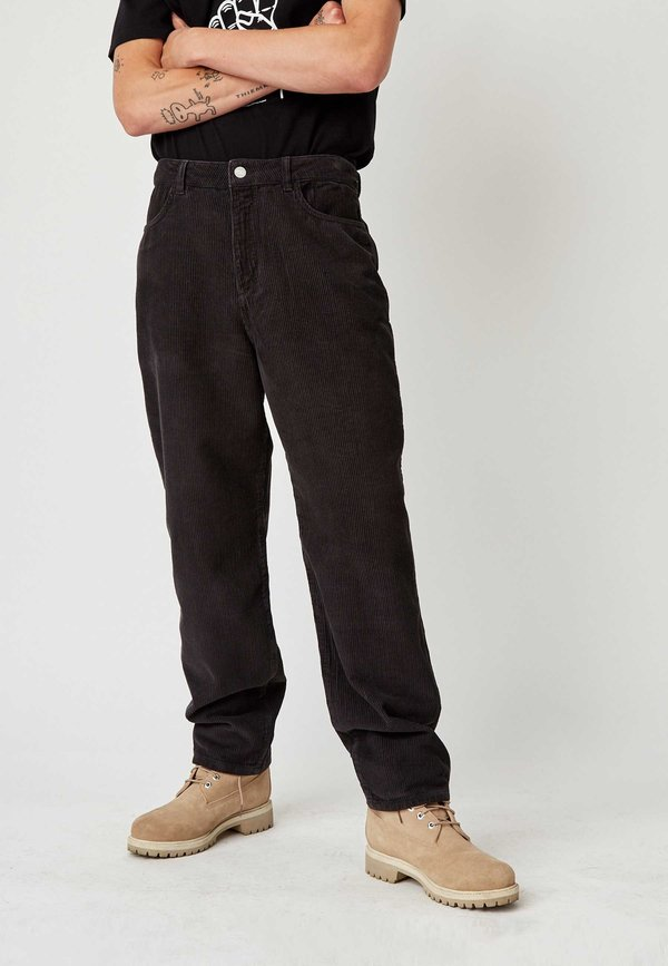 Wood Wood Harold Trousers - dark green
