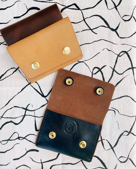 WOLF PACK LEATHER Snap Wallet
