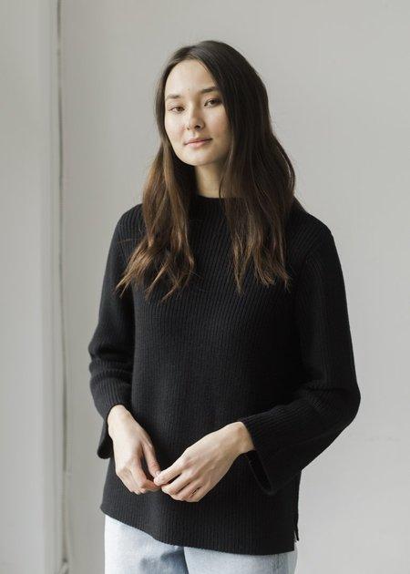 Bare Knitwear Mock Neck Pullover - Black