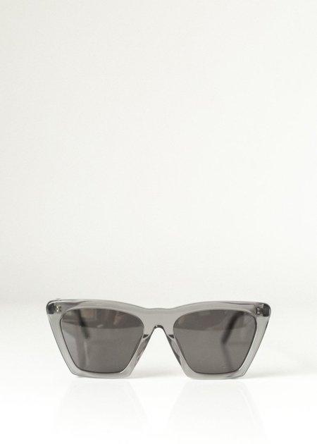 Illesteva Lisbon Sunglasses - Grey