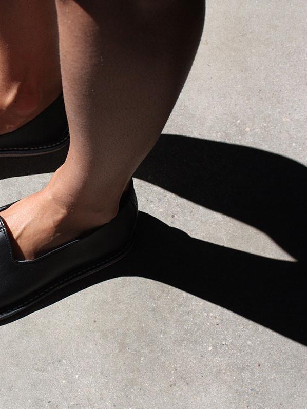 Vayarta Olive Leather Slip-Ons