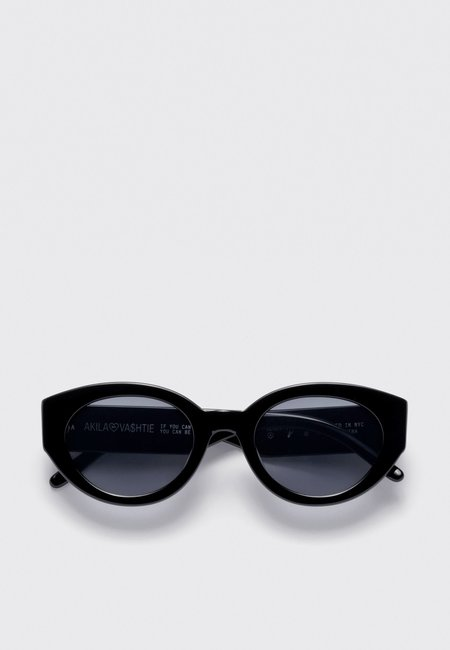 AKILA X Vashtie Abstract Sunglasses - black/black
