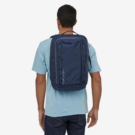 Patagonia Tres Backpack 25L Bag - Classic Navy