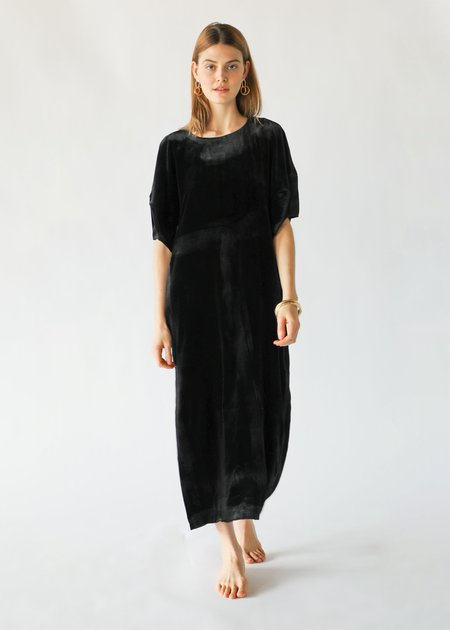 ARCH THE Puff-Sleeve Dress in Black