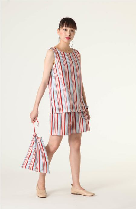 PLAINLESS STRIPED TOP, SHORTS, AND BAG ROOM WEAR