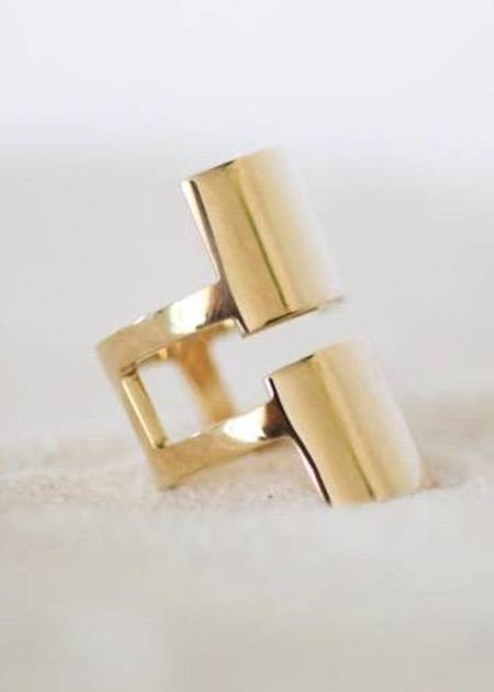 Esme Harriett ring - Solid Brass