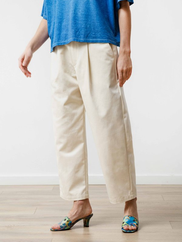 Priory Canvas Pleat Trouser - Natural