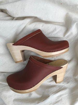 No.6 Old School Clog On High Heel
