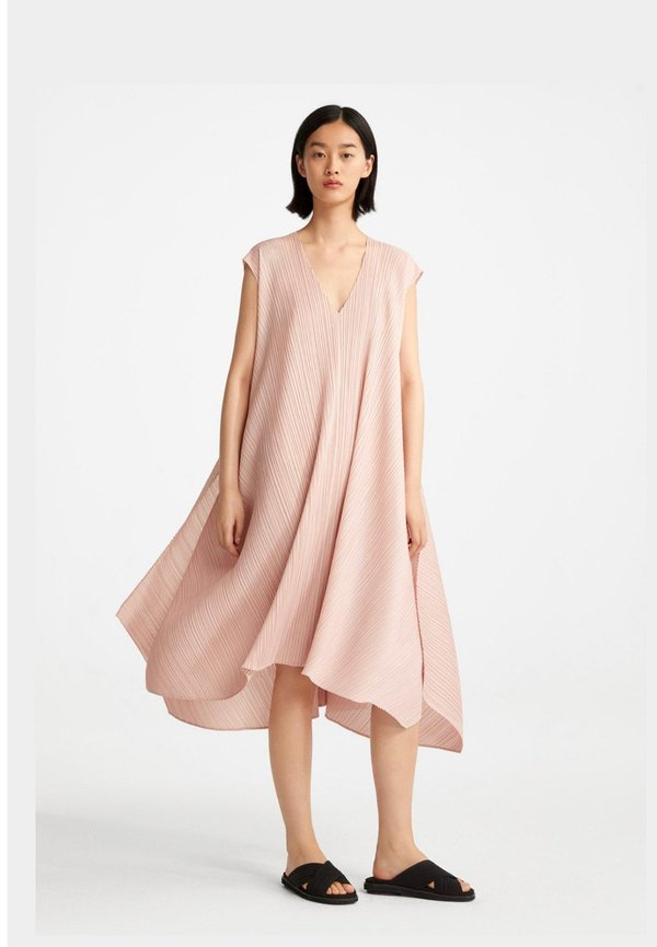 Issey Miyake Overlapped Dress - Light Coral