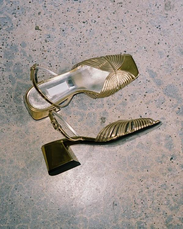 Suzanne Rae 70s Strappy Slingback - Gold