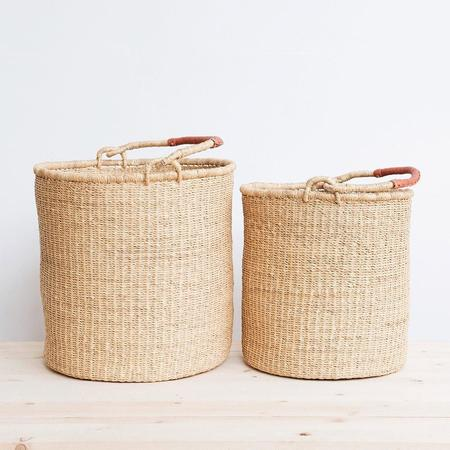 WINN'S Ghanaian Bolga Laundry Basket with Leather Handles