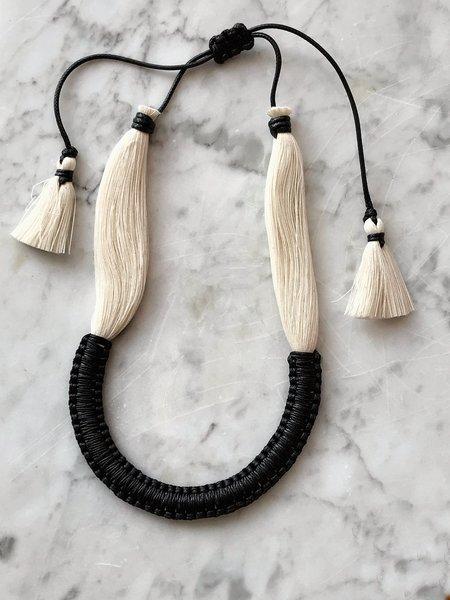 Caralarga Noche Necklace