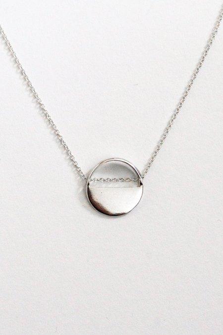 SHEISME Circle Necklace