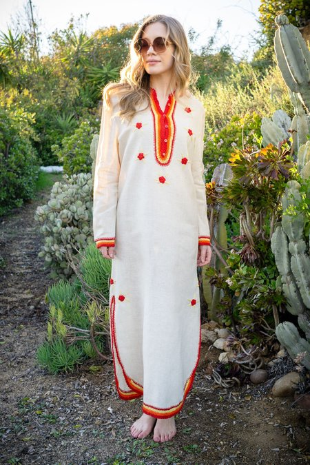 The Canyon Vintage Vintage Embroidered Linen Caftan
