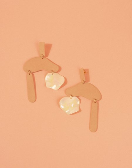 Four Eyes Ceramics Cloudburst Earrings - Blush