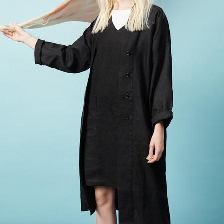 claudia nabholz relaxed linen coat
