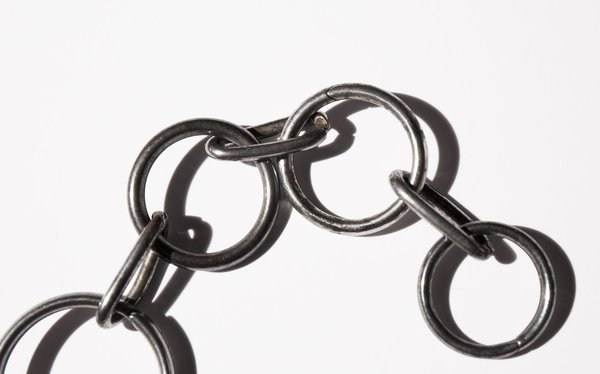 Kindred Black Blackpool Tower necklace - steel