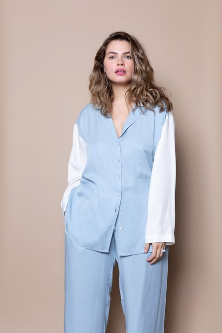 Soft Focus The Lounge Shirt –Blue Sky