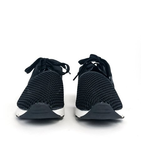 All Black Amazing Mesh Sneaker - Black