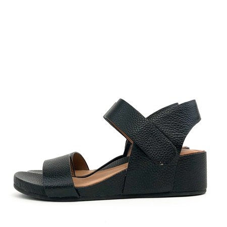 Gentle Souls Giselle Two Band - Black
