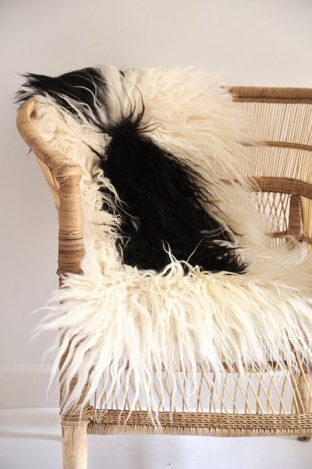 STUDIO MINIMALE Sheepskin Blanket/Rug III